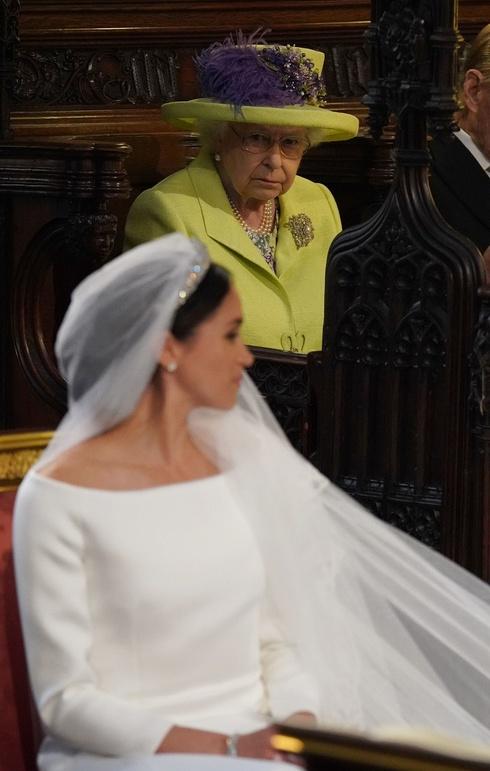 メーガン妃 エリザベス女王
