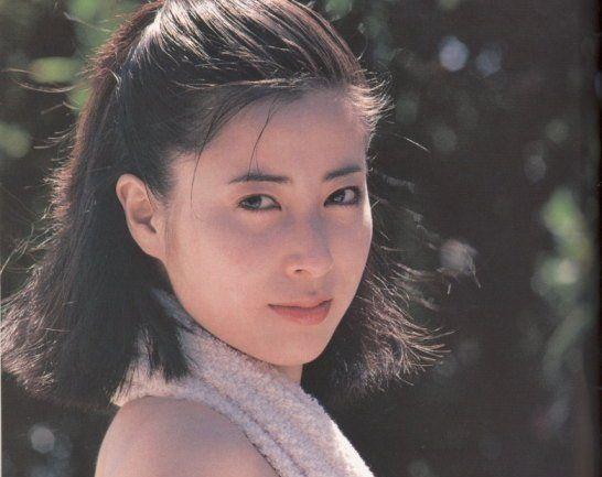岡江久美子 若い頃 美人 かわいい 大和田獏 夫 連想ゲーム クイズ オールヌード 写真集 華やかな自転 コロナ 感染