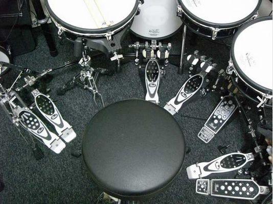 ツインペダル 齋藤飛鳥 ドラム 才能 いつから ブログ 上手い 動画 ドラムセット ドラムスティック ライブ 氣志團 乃木團 天才 趣味 特技