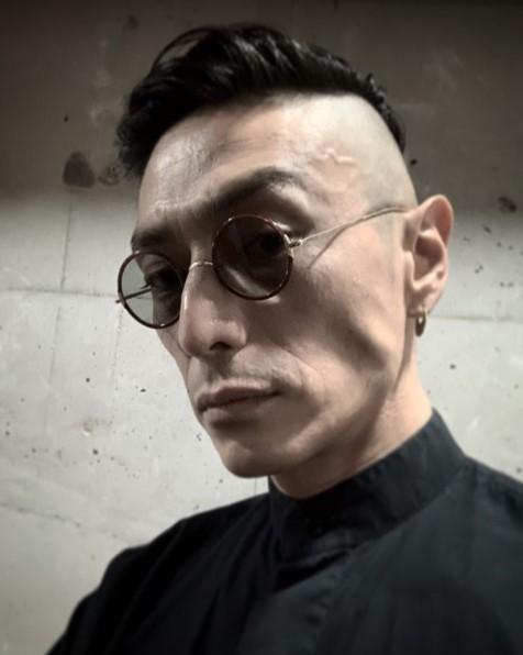 伊勢谷友介 若い頃 髪型 中身 DV エアガン 自宅 俳優 モデル 大麻 逮捕 YouTube